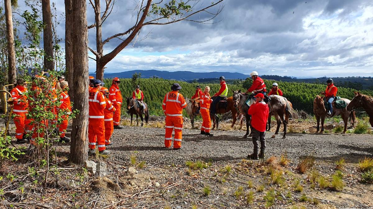OPERATION: SES volunteers joined Tasmanian Mounted Search and Rescue volunteers for a training exercise. Pictures: Supplied