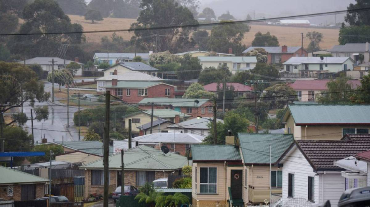 The main worries of Tasmanian tenants have been detailed in a national report released on Thursday.