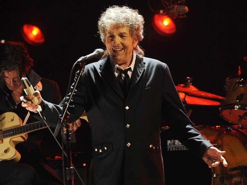 A trove of long-lost documents by Bob Dylan has sold at auction in the US for just over $A677,000.