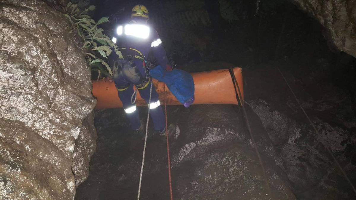 Police and SES work to rescue the girl and her mother. Photo: Tasmania Police